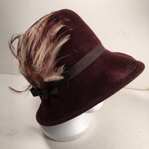 Vintage Chevalier ladies hat.  Flapper style